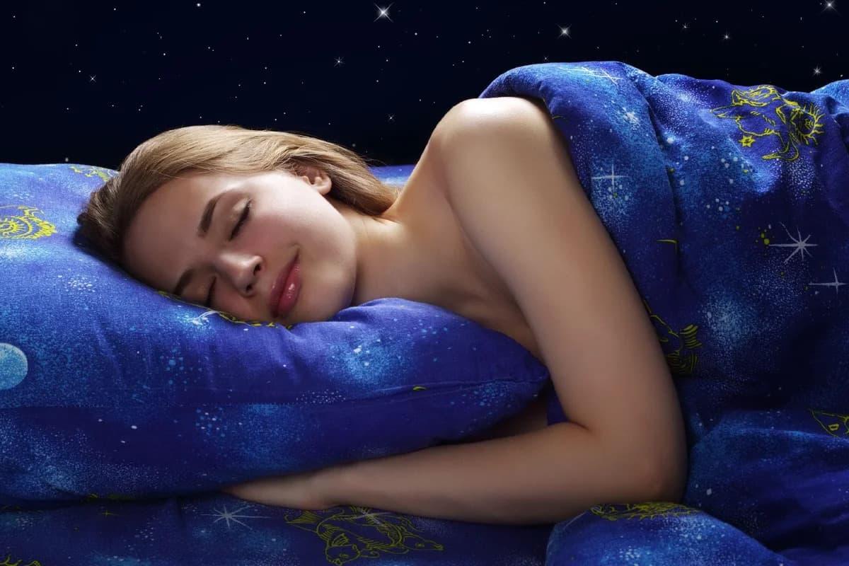 К чему снится поцелуй с незнакомым парнем значение сна.