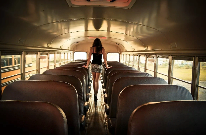 Порожній автобус