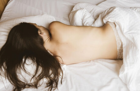 Сон голая женщина