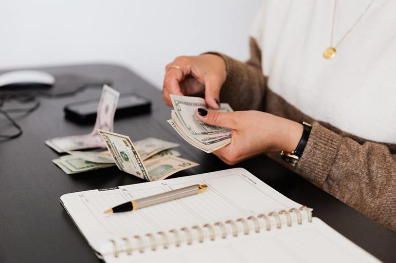 Финансовая сфера