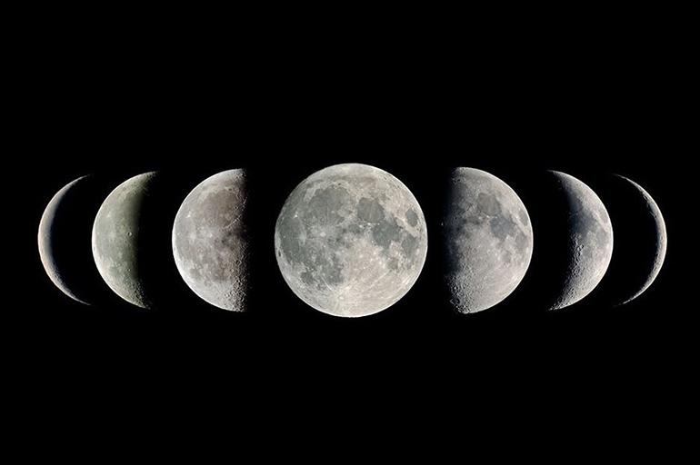 По фазам луны