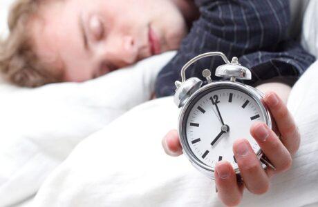 К чему снятся Часы — 70 толкований сна для женщин и мужчин